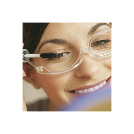 Okulary do makijażu z korekcją.